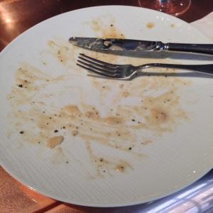 Toujours finir son assiette... - ©MBazU